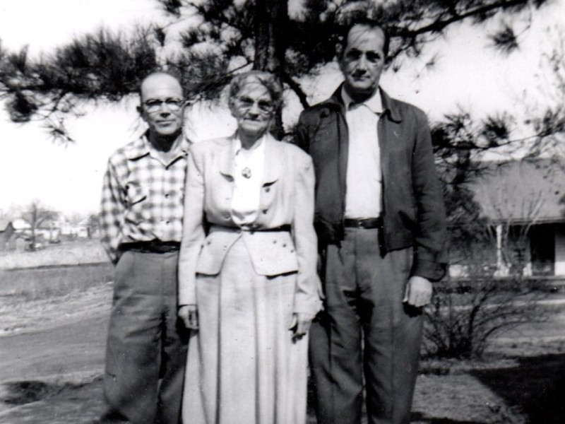 Photo of my grandfather, his brother and mother